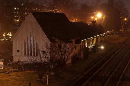 Hapeville Depot in fog.